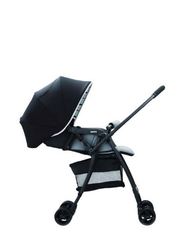 Xe đẩy trẻ em Aprica Karoon Air màu đen 2